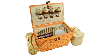 Settler Picnic Basket For Four With Blanket